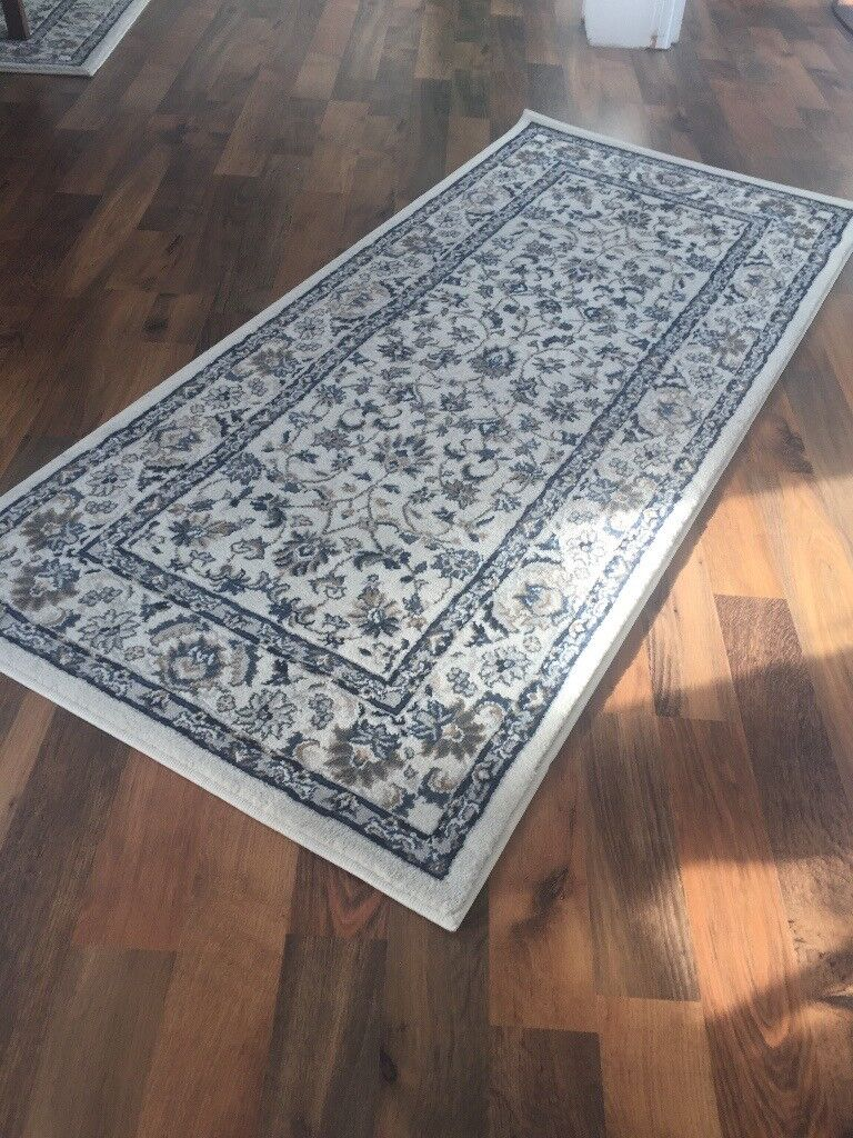 White Vall 246 By Ikea Rug In Cardiff Bay Cardiff Gumtree