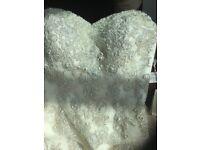 Stunning Designer RONALD JOYCE Wedding Dress - Size 14 (Never Worn)
