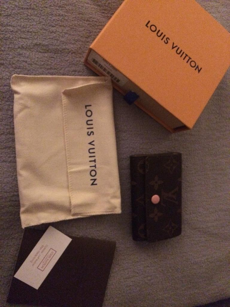 b964d276bf51 Louis Vuitton monogram key holder wallet purse bag boxed new
