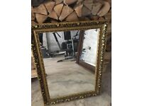 Lovely gold ornate mirror lovely con