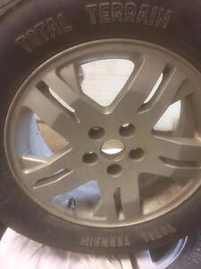 4 pneus d'été, Kumho, Solus, 175/70/14, 50% d'usure, mesure 6-6-5-5/32.