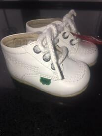 Baby kickers