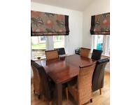 Immaculate Oak Dinning Table