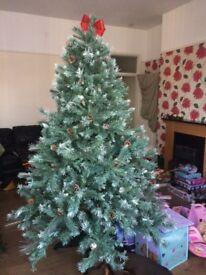 B&Q Luxury Fibre Optic 7Ft Christmas tree great condition.
