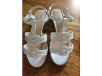 Foot glove wide fit white sandals
