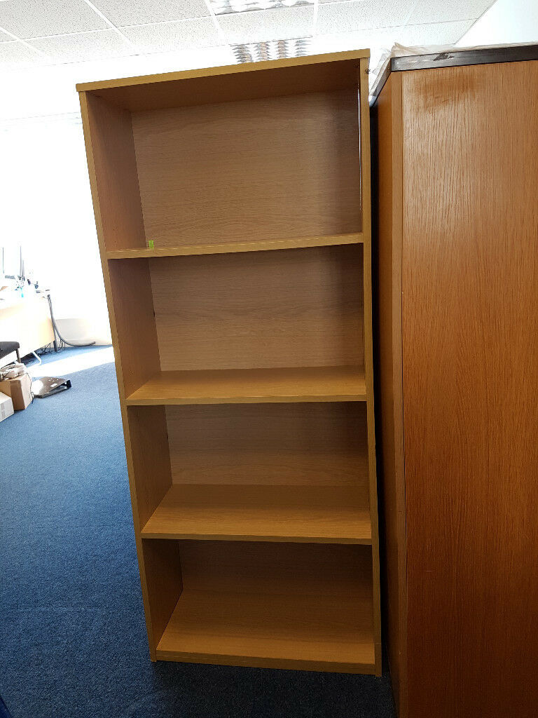 Bookcase - oak effect sturdy commerial quality in 1630h x 690w x 310d good condition