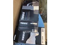 Thule roof bars with 851 foot pack used on 63 plate S-Max