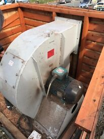 Wood Chippings Extractor System - With 50ft+ Ducting