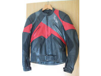 Motorcycle Motorbike Leathers 2-piece. Jacket sz 40, Trousers sz 34 (fit larger). Zip out linings
