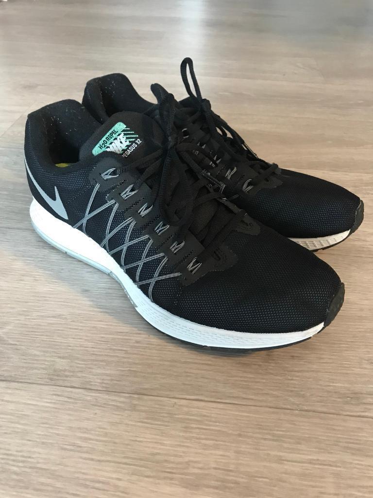 Nike Black/blue Trainers, Size 10