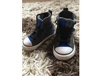 Converse Infant Size 4