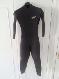 Speedo men's triathlon / swimming wetsuit - size MT