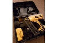 Dewalt 18v nail gun in good condition