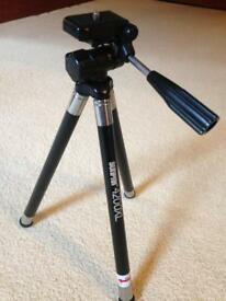 "Camera tripod - 10""-41"" legs"