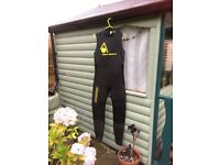 AQUASPHERE Sleeveless Triathlon Wetsuit. Size ML, men's. Used, but in perfect condition.this