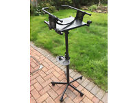 Karaoke TV/LCD stand in very good condition
