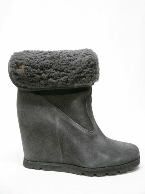 NIB UGG AUSTRALIA KYRA GRANITE SUEDE LEATHER SHERLING WEDGE ANKLE BOOTS 9  WOMENS