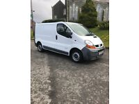 2003 traffic 1.9 psv July 6 speed gear box loads off paper work good tyres take small trade in