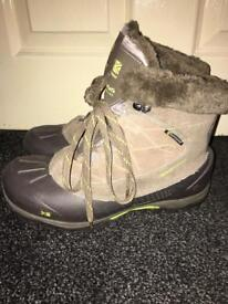 Women's karrimor boots