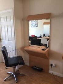EXCELLENT BUSINESS OPPORTUNITY,,HAIRDRESSERS,,IMMEDIATE START,,,