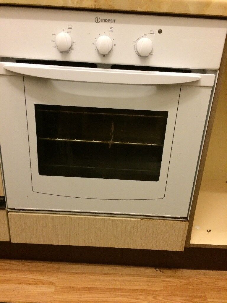 Very good oven for sale