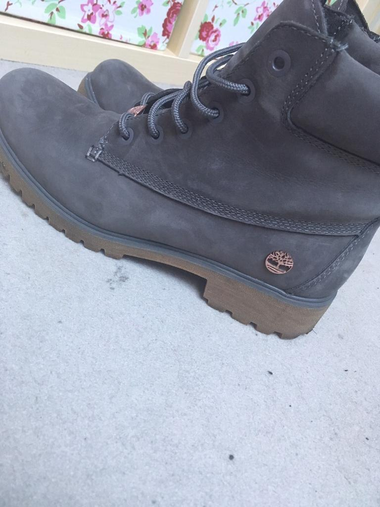 Timberlands: Grey and rose gold - size 7