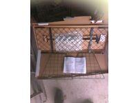 Dog guard - universal fit for hatchbacks estates MPVs etc