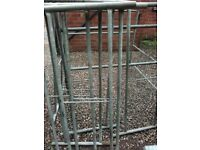18 large frames of galvanised scaffolding only, good used cond