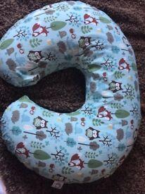 Chicco nursing/feeding pillow