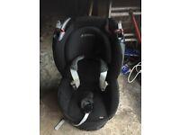 TObi Maxi Cosi kids car seat (black)