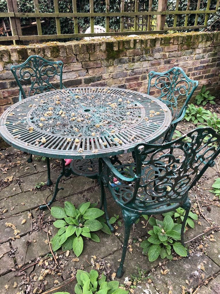 Metal green outdoor garden furniture 4 x chairs and table camden