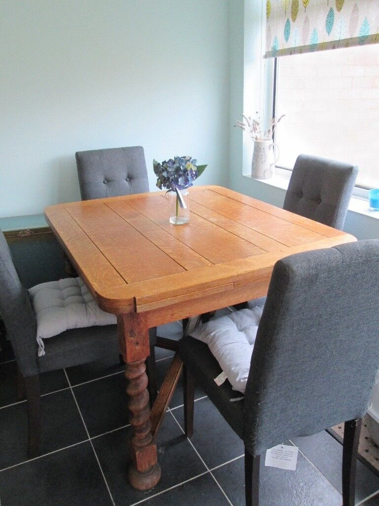 Antique Extendable Table With 4 Chairs Not Matching Set Can Be Sold Separately