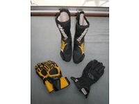 Alpine Stars GP Pro Leather Boots with Matching gloves.