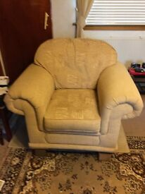 3 seater and two chairs in very good condition
