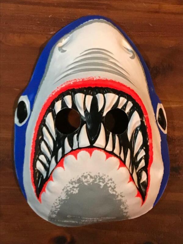 Jaws 1975 Collegeville Halloween costume Mask SCARCE