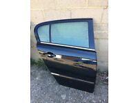 Astra h elite 59 plate 5 door drivers rear door in black vgc 07594145438