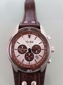 Fossil new watch!!!Box included!!!