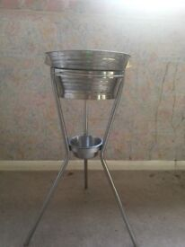 Stanless steal wash stand