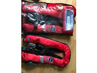 Kru lifejackets