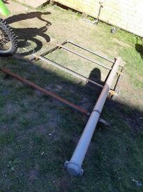 Good strong roof rack with tube come off renault trafic and will fit vauxhall vivaro