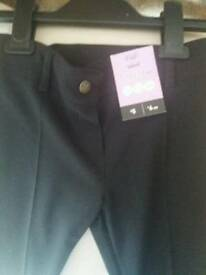 Bnwt girls black school trousers age 6-7