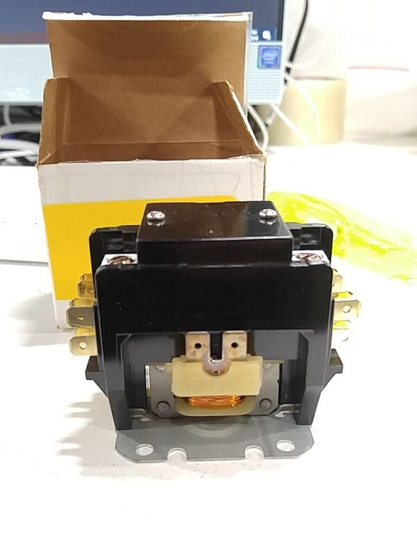 *BOX DAMAGE* PBC CN-PBC402-24V Definite Purpose Contactor