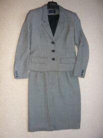 Suit - ladies' Alexon skirt suit
