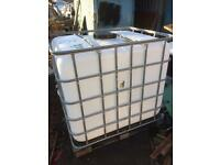 1000 Ltr container, bowser, barrell