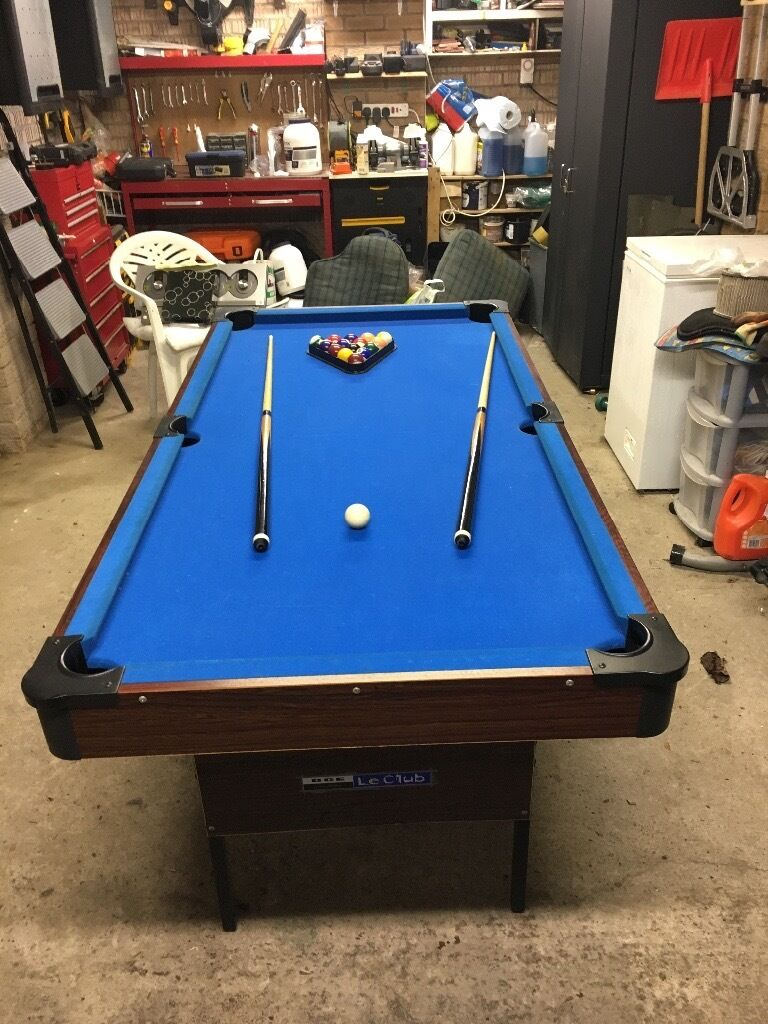 6ft x 3ft blue bay pool table with ballscuesin Shotts, North LanarkshireGumtree - 6ft x 3ft pool table with 2 cues & balls, excellent condition, legs can collapse for easy storage if required!