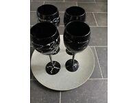 4 x Black Wine Glasses