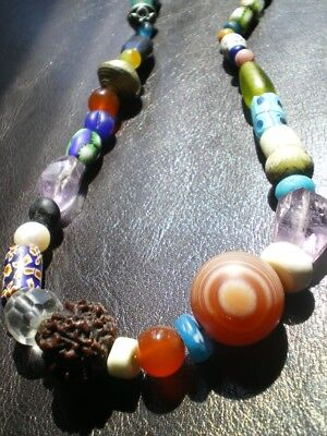 1 ALL AROUND THE WORLD COLLECTORS BEADS MALA NECKLACE !](All Around The World Costumes)