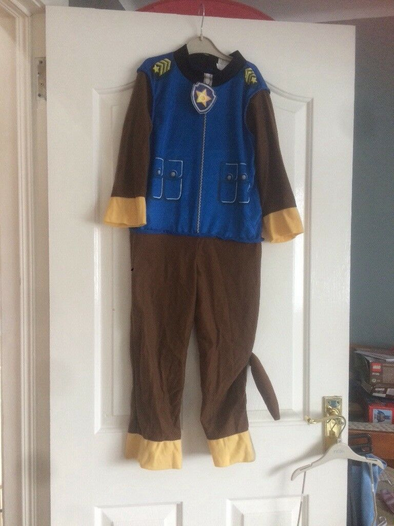 Paw patrol dress up and Marshall pup house
