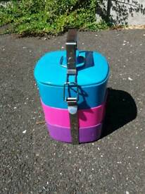 3 tier Tiffin tin set.