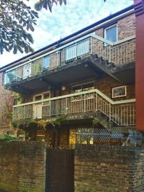 4 BED, 2 BATH PROPERTY NEAR WAPPING E1W AVAILABLE NOW